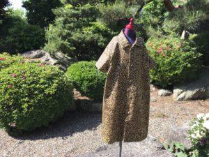 ヒョウ柄のコート