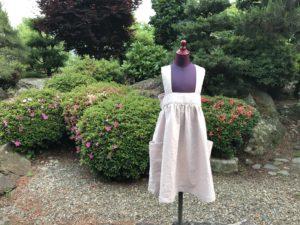 リネンのジャンパースカート