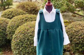 大人コートを子供のジャンパースカートにリメイク